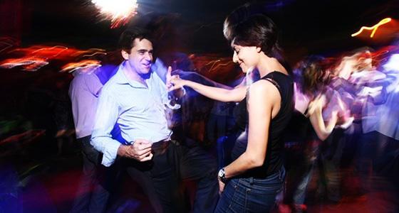 夜店泡妞舞蹈教学 把妹怎能木有技巧