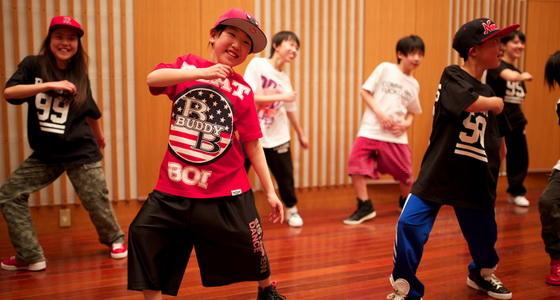 少儿嘻哈街舞步伐基础教学 好玩又好看的小朋友舞蹈