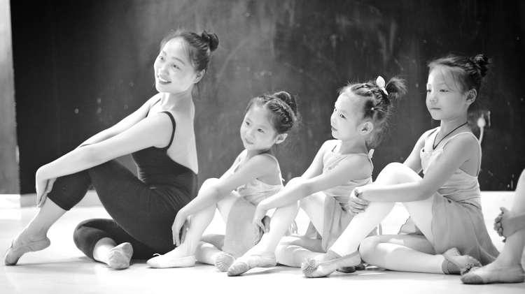 赛瑞儿《刷牙啦》少儿舞蹈教学