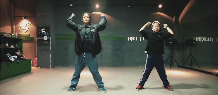 贝卡教你跳街舞Hiphop 中级Routine「第1课」